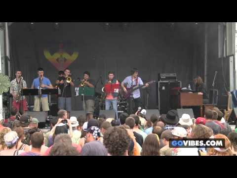 "McLovins perform ""Samson"" at Gathering of the Vibes Music Festival 2013"