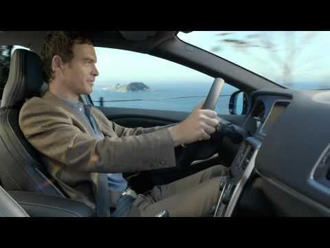 Nuova Volvo V40 R-Design