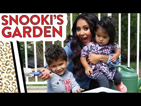 """Nicole """"Snooki"""" Gardens with Lorenzo & Giovanna!"""
