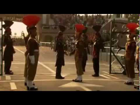 India Pakistan Wagah Attari Border Closing Ceremony flv