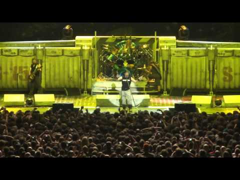 Bruce's Speech 1 - Iron Maiden - Paris Bercy - 27/06/2011 - HD