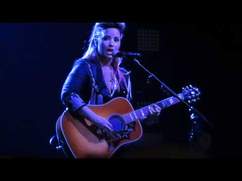 Catch Me - Demi Lovato ( Sunrise ,FL 02-25-14)