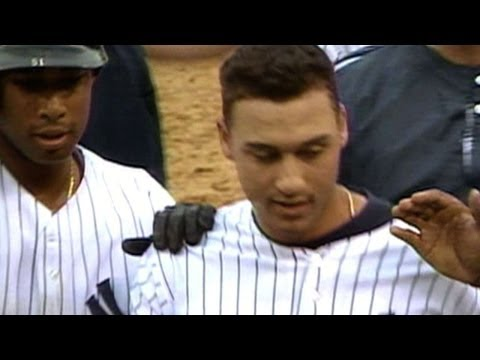 Jeter notches first walk-off hit of career