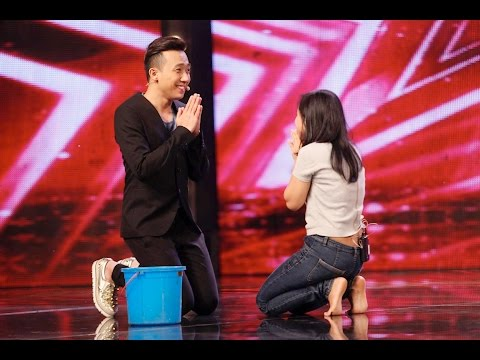 Vietnam's Got Talent 2016 - TẬP 03 - Tiết mục Ma Ám, nôn trên sân khấu