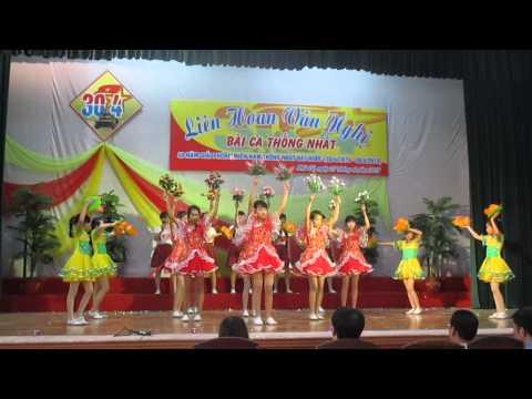 Hát múa bài em yêu tổ quốc Việt Nam