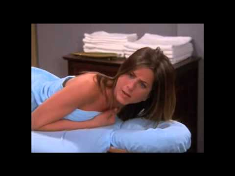 Friends - Phoebe le da masaje a Rachel