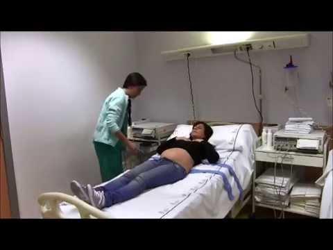 Posturas durante la dilatación en el parto natural.