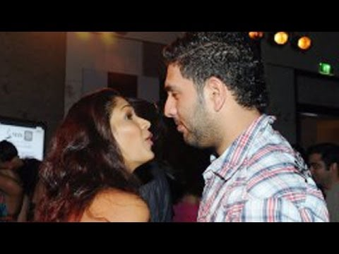 Watch Out | Yuvraj Singh's Love Affair With Kim Sharma !
