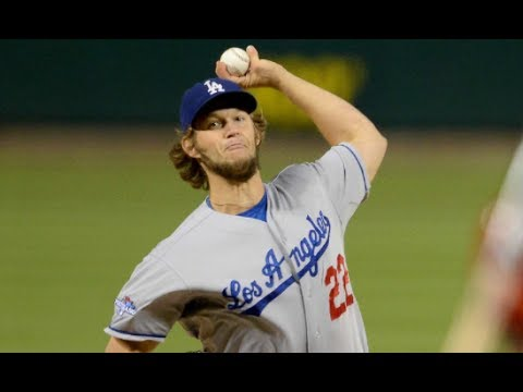 Los Angeles Dodgers Clayton Kershaw's craziest autograph request - Sign This!