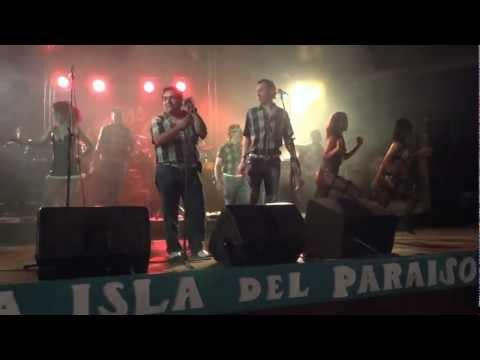 MIX ANACONDA - EXPLOSION DE IQUITOS EN LA ISLA DEL PARAISO - HALLOWEEN 2011