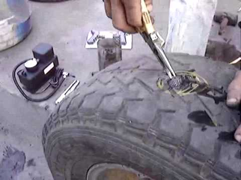 How to fix a tubeless tire