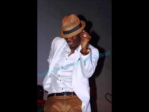 Wally Ballago Seck- Voglio plus (New)