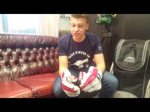Gray-Nicolls Predator 3 LE Wicket Keeping Gloves