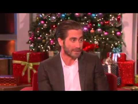 Jake Gyllenhaal's Happy Thanksgiving on Ellen show