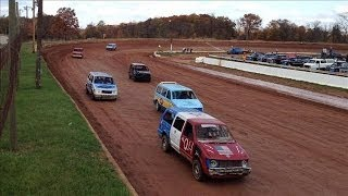Pull Over, Nascar: Minivans Are Heating Up the Racetrack