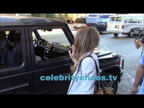 Sexy Keri Russell charms fans and paparazzi in los angeles