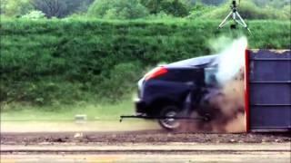 190 km/h hızda çarpışma testi - Ford Focus Kaza Testi