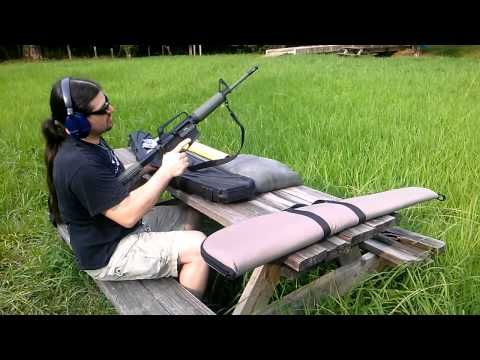 Shooting a Bushmaster AR-15: Model XM15-E2S