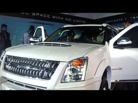ISUZU D-MAX & ISUZU MU-7 at India Auto Expo 2014