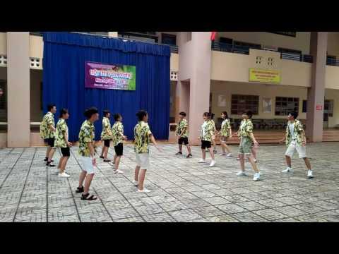 12a1 THPT Nguyễn Trãi Nhảy dân vũ mashup