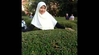 Nasidah ria jilbab-putih.flv view on youtube.com tube online.