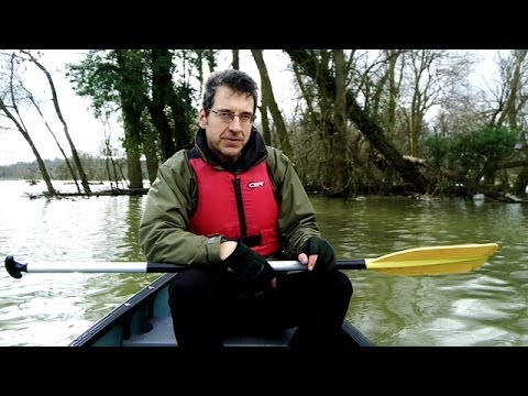 Canoeing across the UK floods - George Monbiot