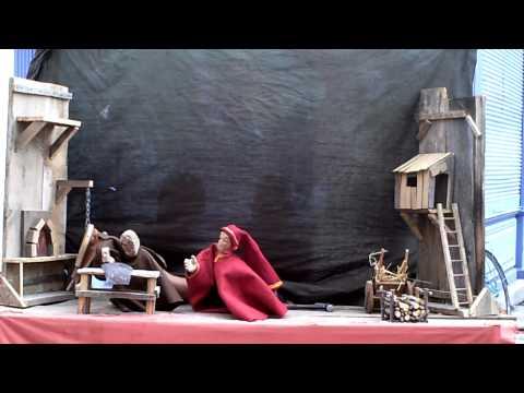 Lucarius Le Bienheureux (spectacle de Marionettes Crest 2012).