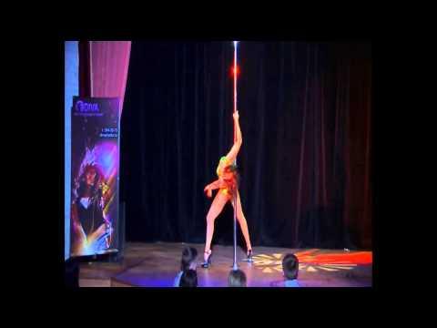 """Отчетный концерт Pole Dance (танец на пилоне) в клубе """"Олимпия"""" 20.01.2013 года. Любовь Смирнова (Шатова)."""