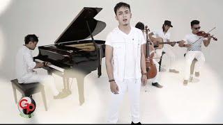 D'HUNTER Hati Yang Luka [Official Music Video]