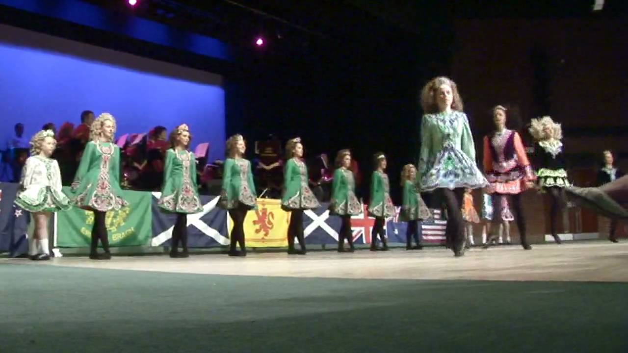 irish country dance at the scottish tattoo youtube. Black Bedroom Furniture Sets. Home Design Ideas