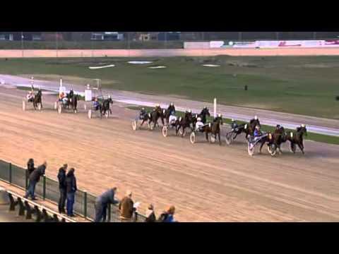 Vidéo de la course PMU PRIX PASSING RENKA