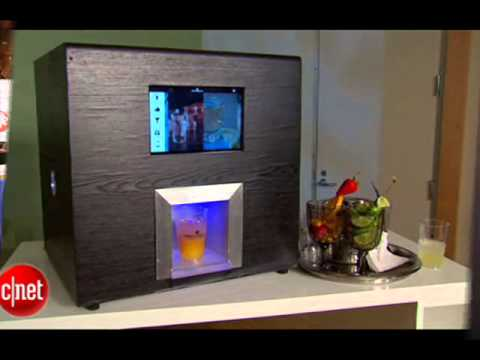 39 robotic bartender 39 machine can mix you a cocktail youtube. Black Bedroom Furniture Sets. Home Design Ideas