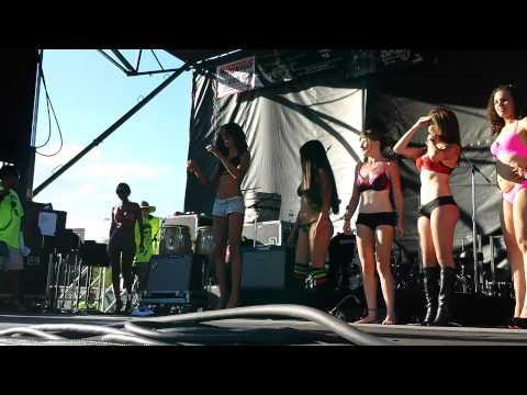 Las Vegas super show 2014 bikini contest