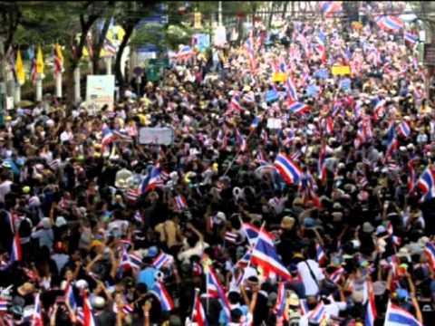 Video biểu tình rầm rộ ở Thái Lan đòi bà Yingluck từ chức