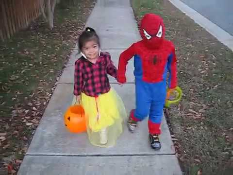 Hình ảnh trong video Adventure Time with Madison & Ethan: Trick or
