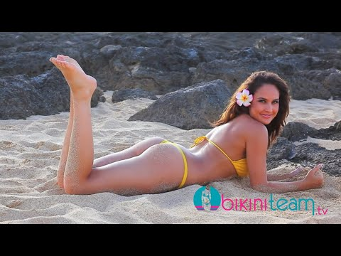 Bikini Model Jamie Robertson Thong Bikini