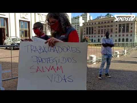Protesto contra a flexibilização exige que prefeito 'abra o cofre' para salvar vidas
