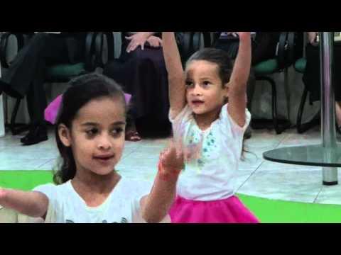 Dia das mães, coreografia infantil, mãe voices