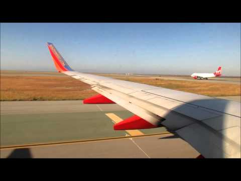 Southwest Airlines B737-700 Take off from San Francisco Intl