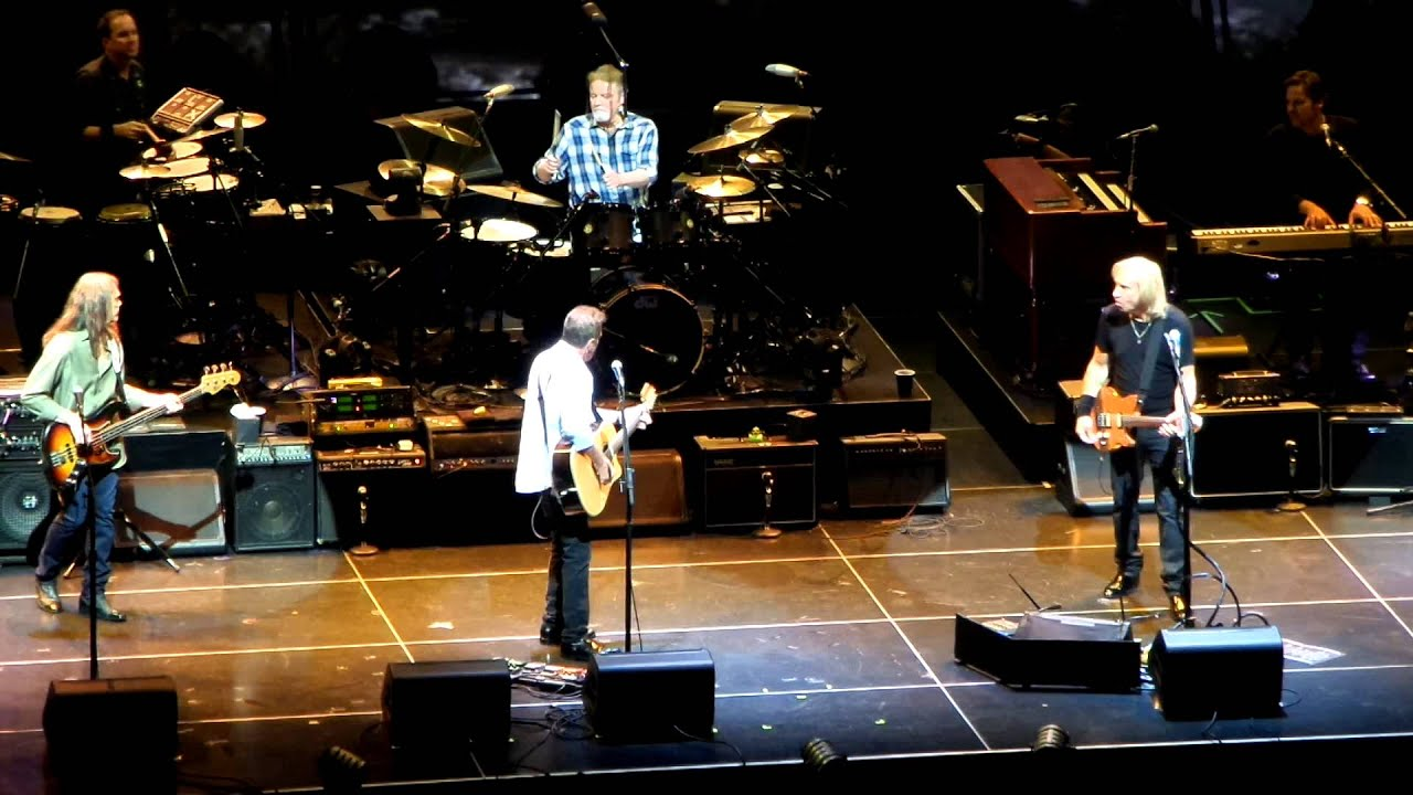 The Eagles Hotel California The History of the Eagles Live ...