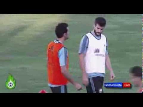 Gerard Piqué Vs Alvaro Arbeloa Huge Clash in training 10.10.2013