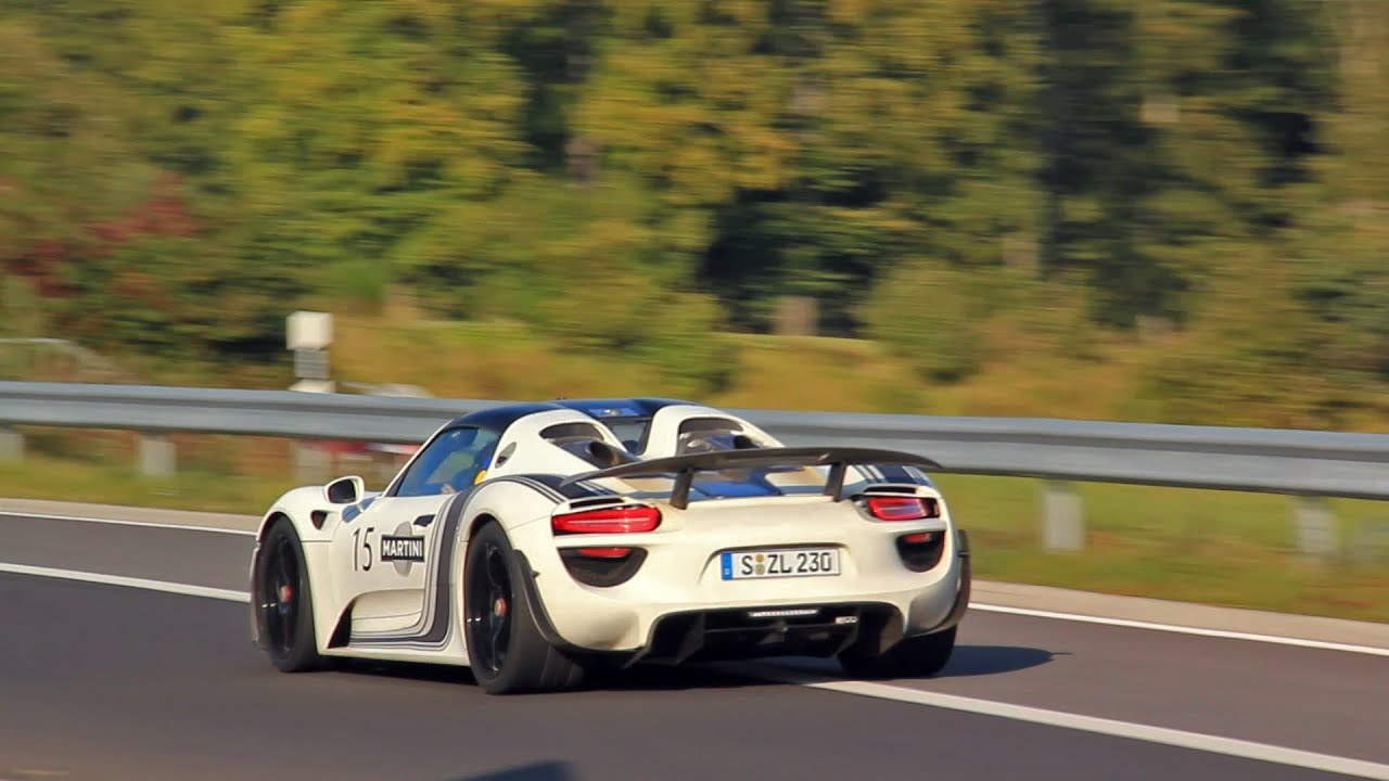 porsche 918 spyder fast fly by on the nurburgring youtube. Black Bedroom Furniture Sets. Home Design Ideas