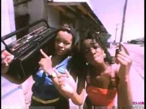Wee Papa Girl Rappers - Soulmate / We Know It