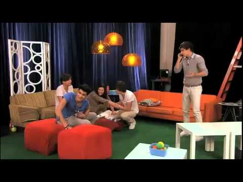 3\5 of One Direction get pranked {Nickelodeon}