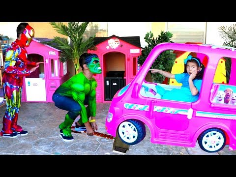 Jannie Pretend Play Funny Kids Dress Up as Superheroes