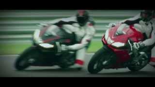 Aprilia RSV4 Factory/R Tanıtım Videosu