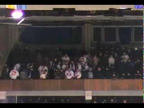 Махач на хоккее (Киев vs Минск) 2005 - drakoff.ru