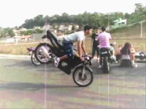 Manobras de CBX Strada, Empinando, RL, Wheeling