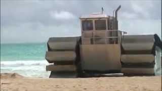 Kapal militer ini bisa berubah menjadi truk