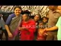 Sasikala interacts with poor at Koothavur village..